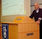 """בתמונה : פרופסור אליעזר שלו, דיקן הפקולטה לרפואה ע""""ש רפפורט. צילום: שרון צור, דוברות הטכניון"""