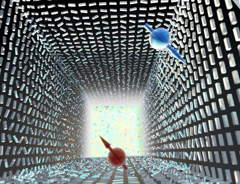 """המפץ הגדול הפוטוני: אי סדר חלש יוצר הפרדה חלשה ננומטרית בין פוטונים עם ספין הפוך (אדום וכחול) – """"אפקט ספין-הול פוטוני"""". רק באי סדר מוחלט מתרחש """"המפץ הפוטוני"""" – פוטונים בספינים הפוכים מתפצלים וממלאים את כל מרחב התנע – """"אפקט רשבא הפוטוני"""". התופעה מתארת מעבר פאזה טופולוגי שמתבטא בשבירת סימטריה. המחקר נערך בהשראת מודלים בקוסמולוגיה שמתארים את המפץ הגדול. בתמונה מתוארות ננואנטנות מסיליקון, והמעבר מאנטנות מסודרות בכיוונן לאי סדר מוחלט מתבטא במדידת עליה חדה של האנטרופיה (כמדד לאי סדר). קרדיט איור : Ella Maru Studio"""